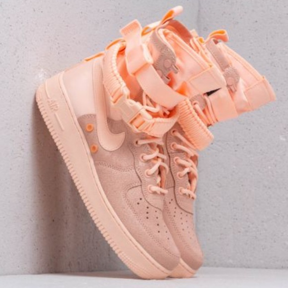 WMNS Nike SF AF1 Pink Crimson Tint (PEACH)